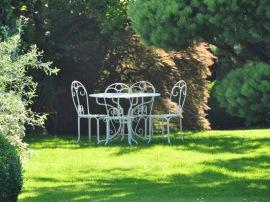 Schöner Rasen will gepflegt werden,
